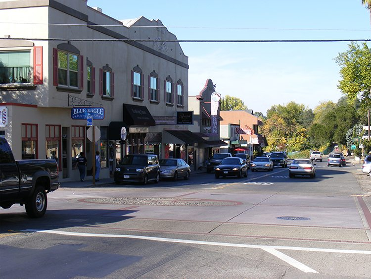 The popular town of Fair Oaks in Sacramento County